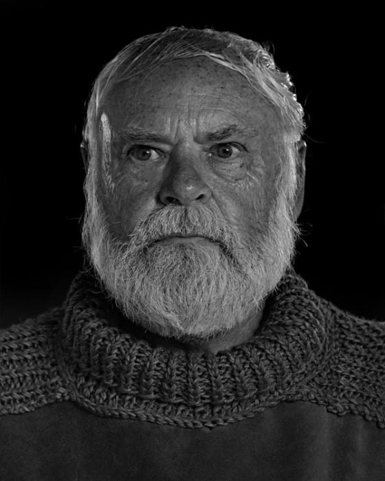 Ernest-Hemingway-Portrait-Imitations-03-560x700