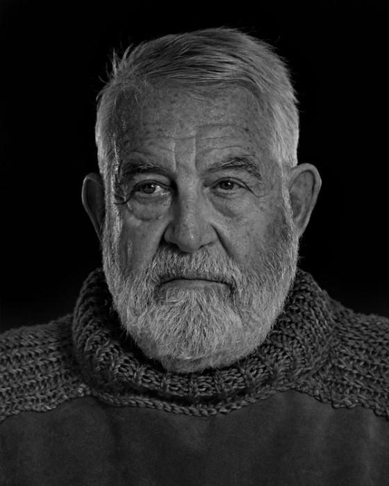 Ernest-Hemingway-Portrait-Imitations-06-560x700