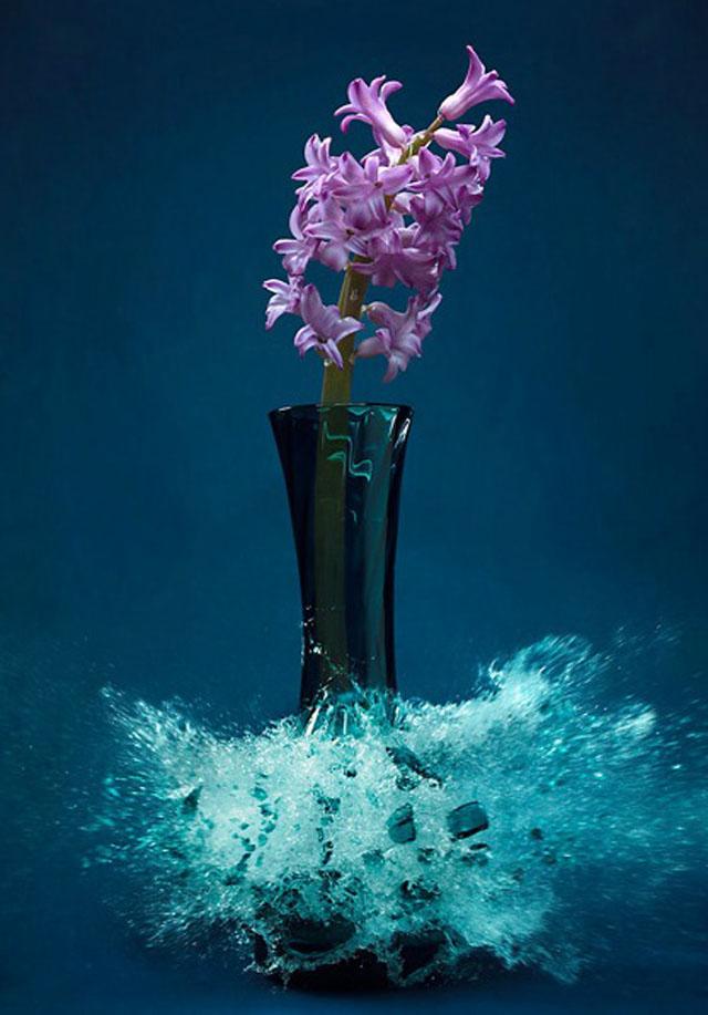 Exploding-Vases10