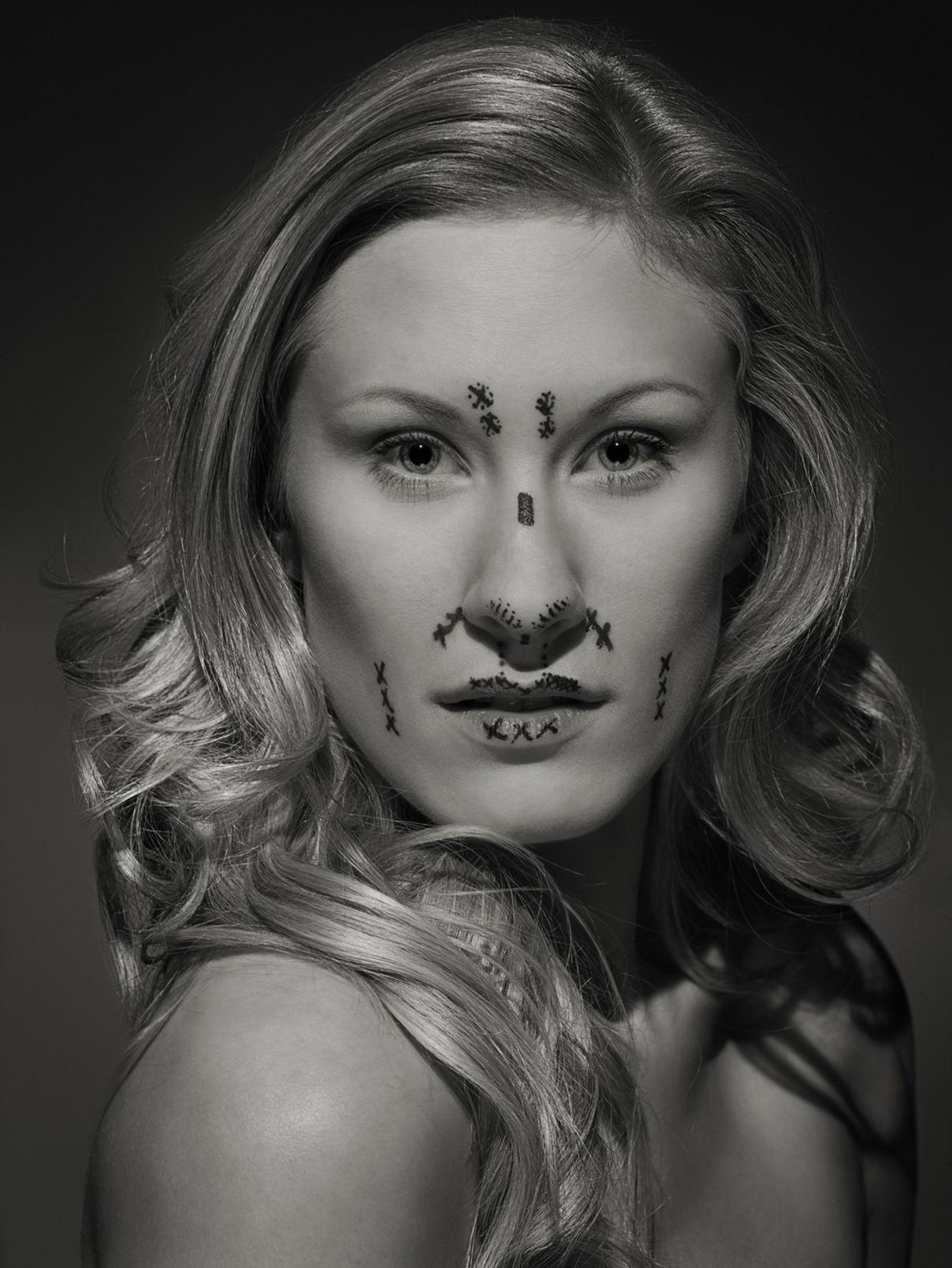 mask-perfection-plastic-surgery-everythingwithatwist-04