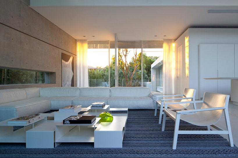 pitsou-kedem-ramat-hasharon-house-13-designboom-05