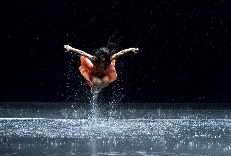 Song 3: Lilies of The Valley - Jun Miyake/Pina Bausch/Wim Wenders