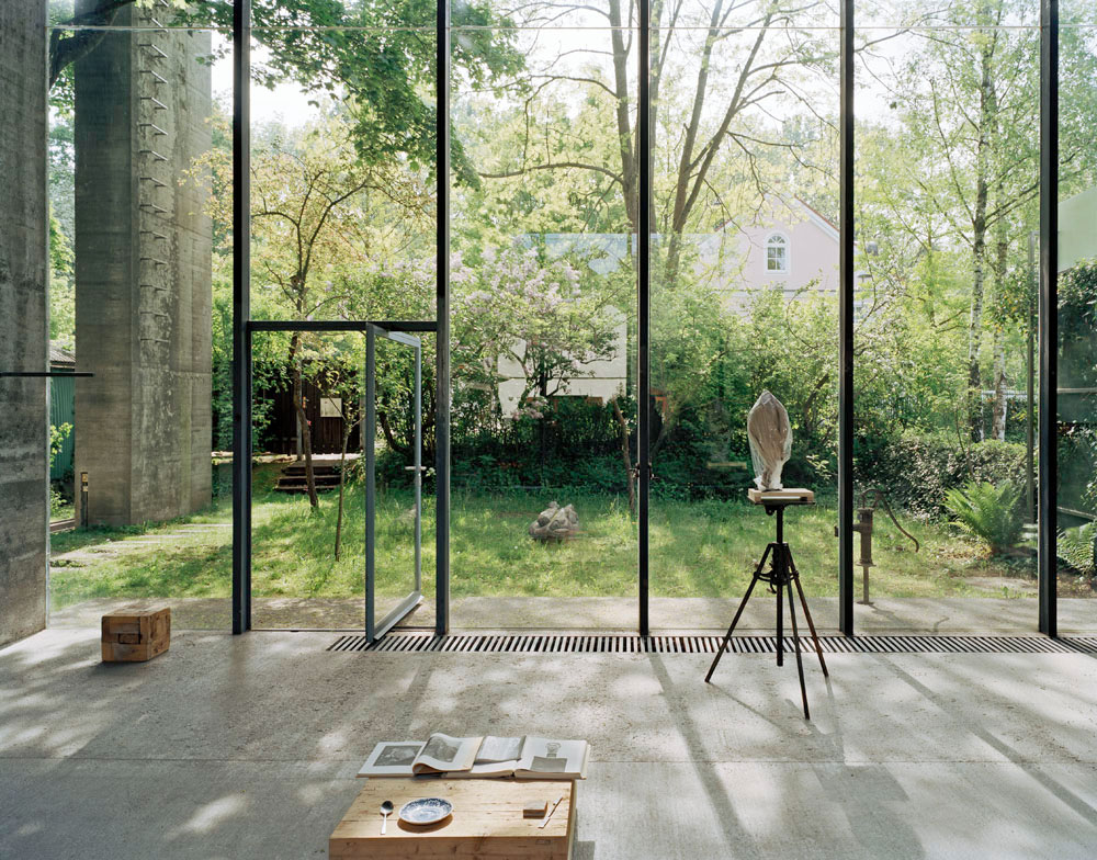 atelier-hermann-rosa-everythingwithatwist-02
