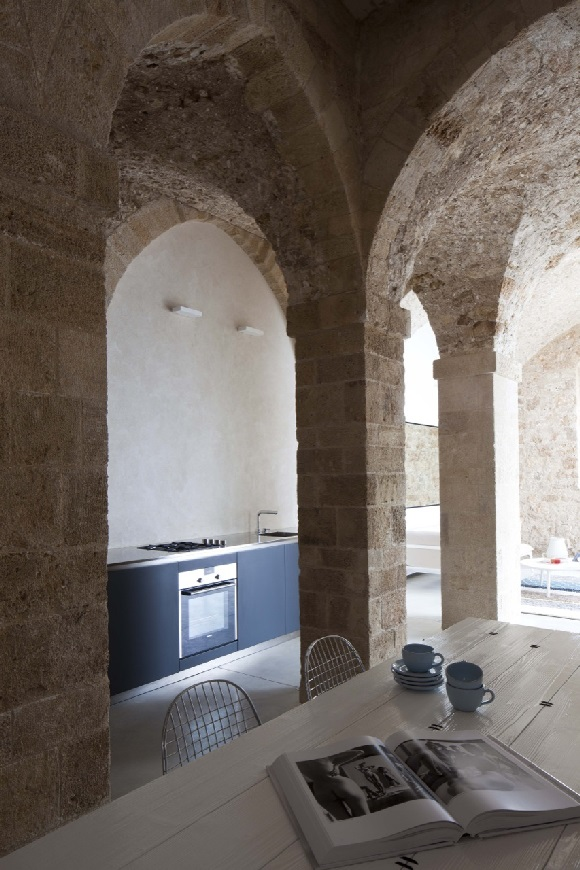 jaffa-apartment-everythingwithatwist-07