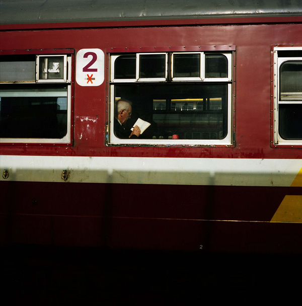 saul-leiter-everythingwithatwist-13-train
