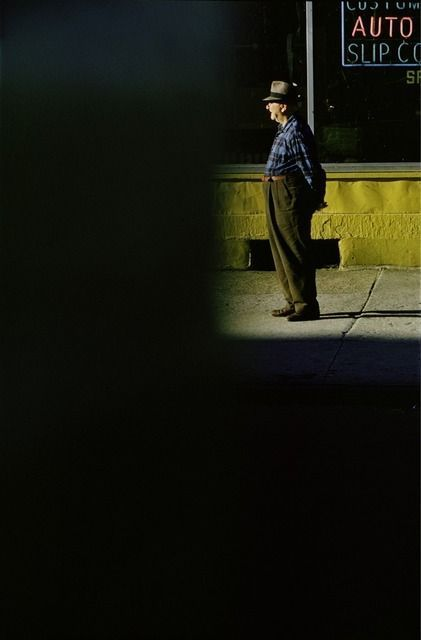 saul-leiter-everythingwithatwist-18-auto