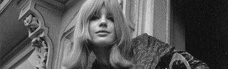 Song 12: Marianne Faithfull - So sad