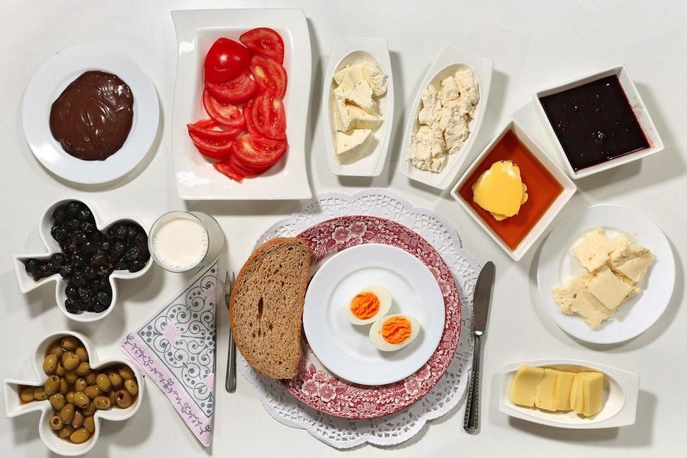 breakfast children world