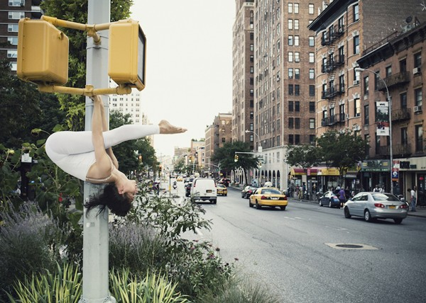anja-humljan-urban-yoga-everythingwithatwist-02