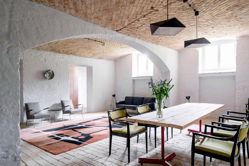 berlin-summer-apartment-everythingwithatwist-02
