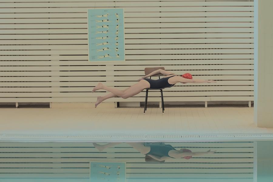 maria-svarbova-swimming-pool-everythingwithatwist-03