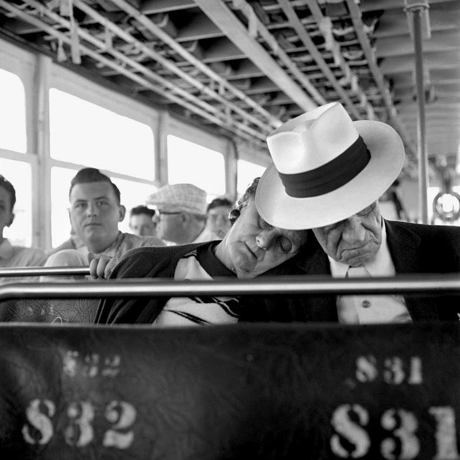 vivian-maier-everythingwithatwist-02