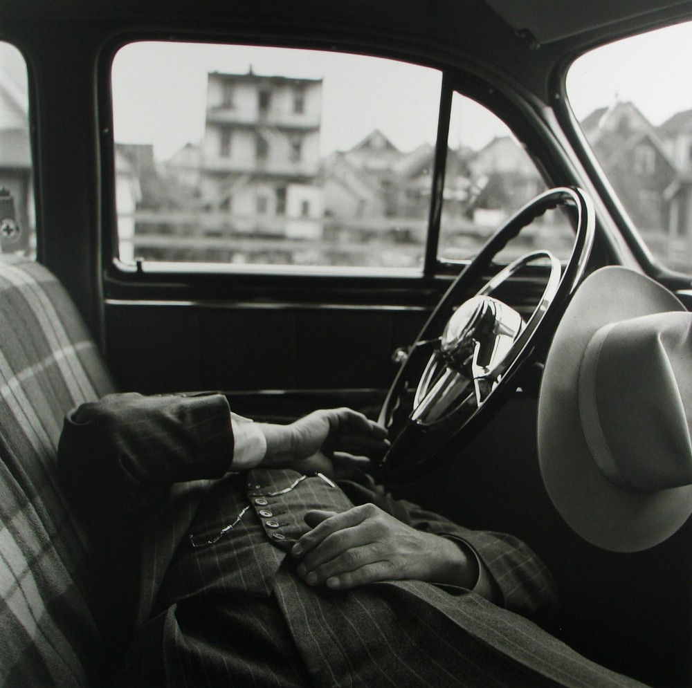 vivian-maier-everythingwithatwist-03