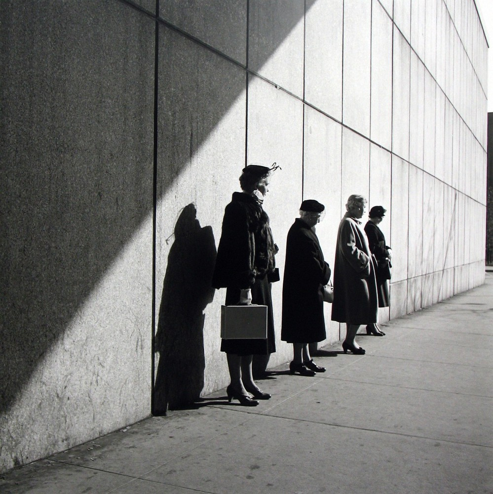 vivian-maier-everythingwithatwist-04