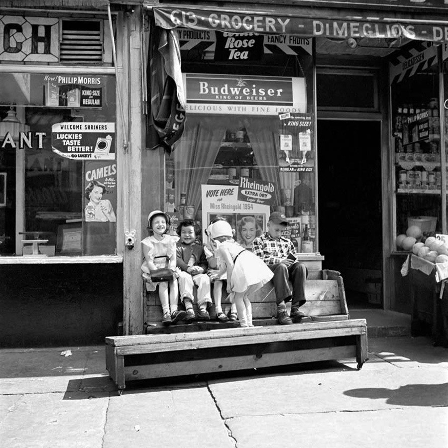 vivian-maier-everythingwithatwist-09
