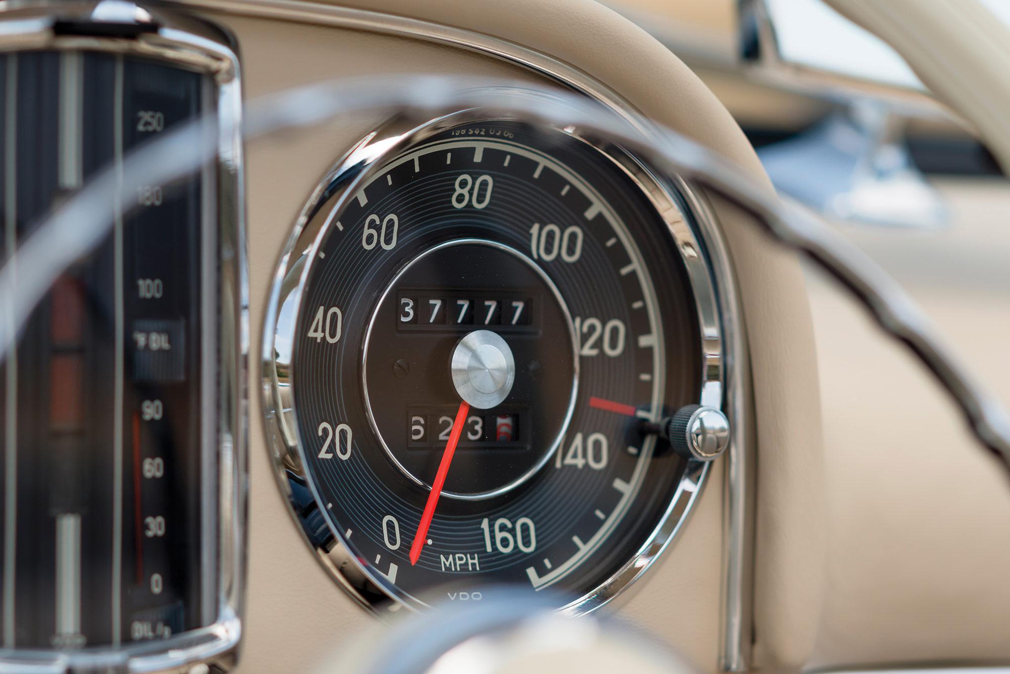1957-mercedes-benz-300-sl-everythingwithatwist-14