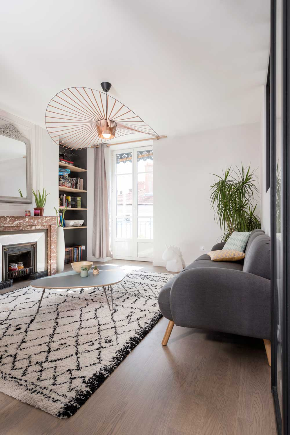 The Apartment Resides In The Area And It Was Refurbished By Marion Lanoe.  Lanoe Has An Architectural Office In Lyon And Tries, Exceptionally Well, U201c[u2026