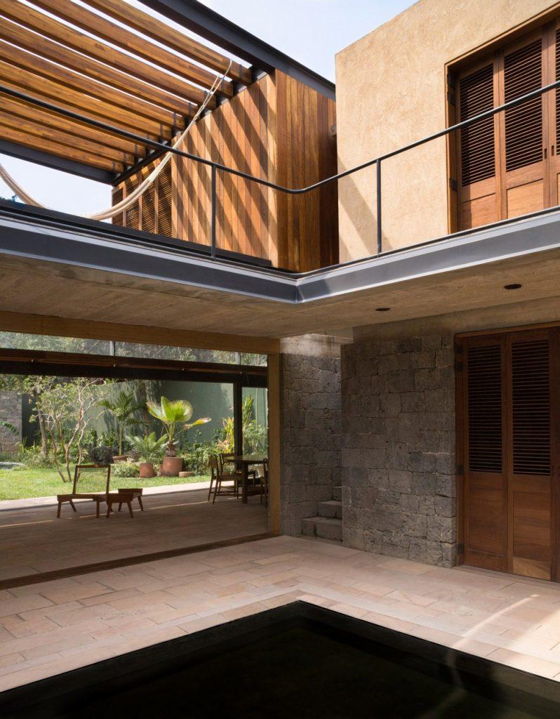 albino ortega house
