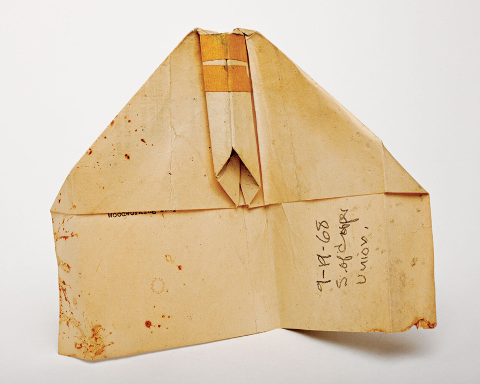 harry-everett-smith-paper-airplane-everythingwithatwist-07